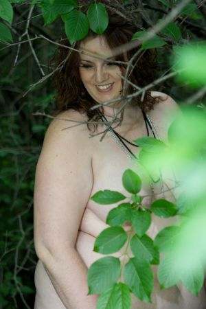 boudoir-outdoors-forest-nude-naked-women-robe-photo-by-daniel-szajkowski-hamilton-toronto.jpg