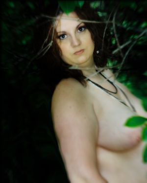 boudoir-outdoors-trees-nude-naked-women-robe-photo-by-daniel-szajkowski-hamilton-toronto.jpg